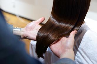 Q&A 縮毛矯正でチリチリになってしまった髪は直せますか?
